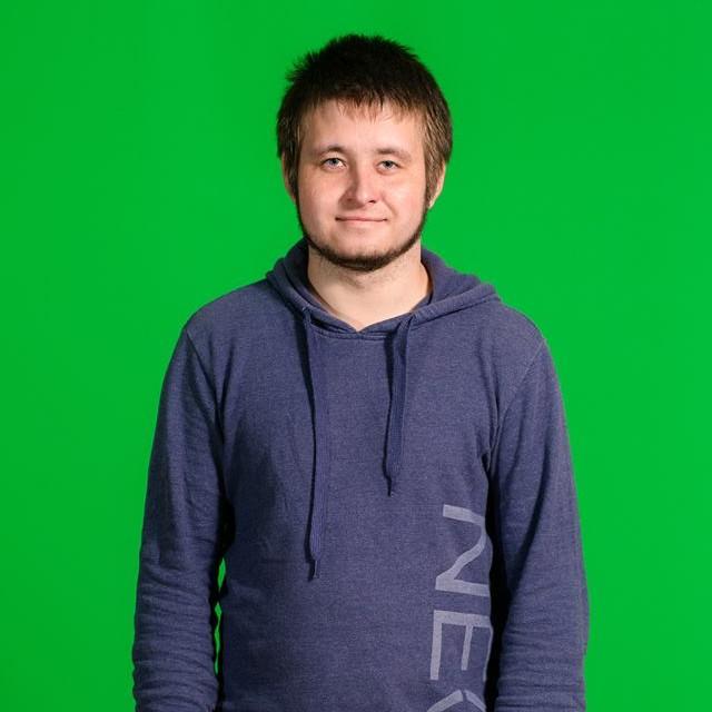 "<span class=""com_name"">Андрей Терехин</span></br>Оператор"