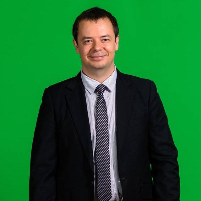 "<span class=""com_name"">Александр Таскаев</span></br>Корреспондент"