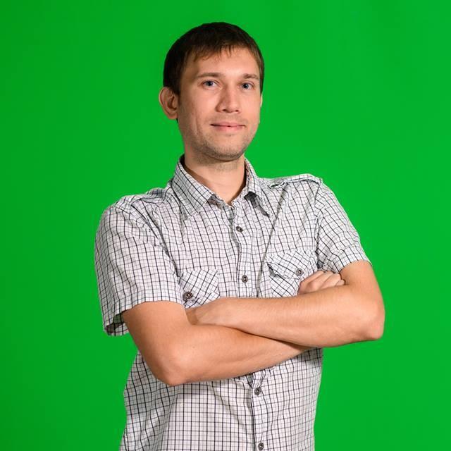 "<span class=""com_name"">Владимир Овчаренко</span></br>Системный администратор"