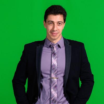 "<span class=""com_name"">Вячеслав Пасманик</span></br>Корреспондент"