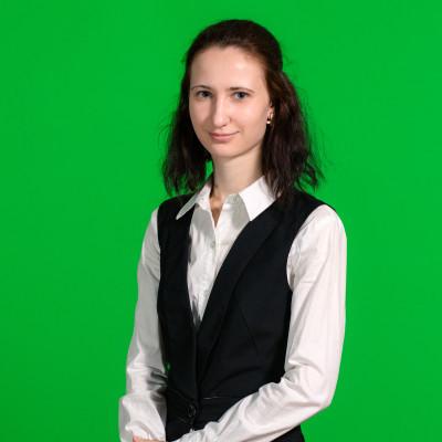 "<span class=""com_name"">Анастасия Стародубова</span></br>Офис-менеджер"