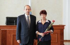 Александр Левинталь вручил награды жителям области