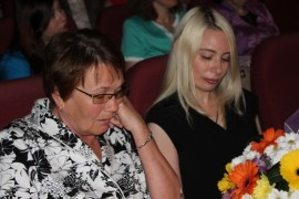 Евгений Коростелев вручил регалии Галине Кохман (3)