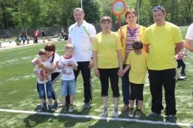 Папа, мама, я - спортивная семья (7)