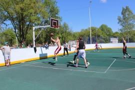 Турниром по стрит-баскету отметили День города в Биробиджане (3)
