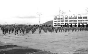 Биробиджан Восьмидесятые Какой-то из больших праздников Спортивные упражнения на площади Ленина Фото Ю.Косвинцева