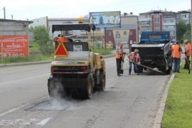 СОБЫТИЕ - Ямочный ремонт возобновился в Биробиджане после продолжительных дождей (19)