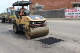 Ямочный ремонт возобновился в Биробиджане после продолжительных дождей (10)