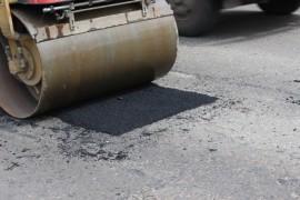 Ямочный ремонт возобновился в Биробиджане после продолжительных дождей (11)