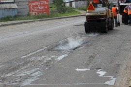 Ямочный ремонт возобновился в Биробиджане после продолжительных дождей (17)
