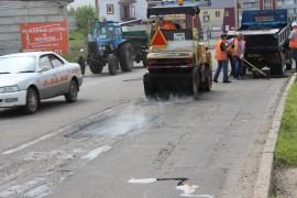 Ямочный ремонт возобновился в Биробиджане после продолжительных дождей (18)