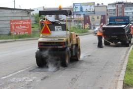Ямочный ремонт возобновился в Биробиджане после продолжительных дождей (20)