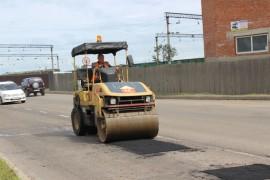 Ямочный ремонт возобновился в Биробиджане после продолжительных дождей (9)