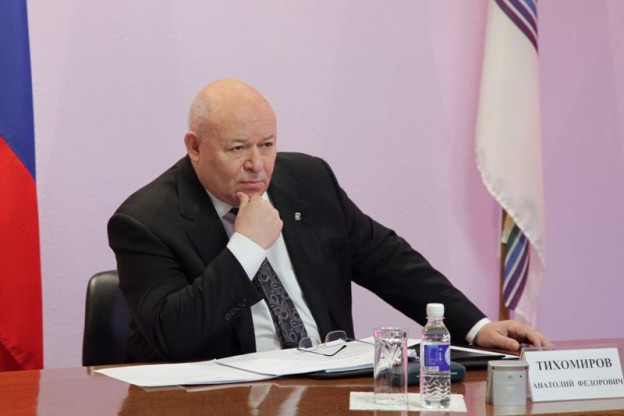 Анатолий Тихомиров находится с рабочей поездкой в районах ЕАО