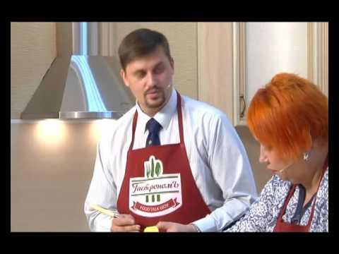 """Food-talk шоу """"ГастрономЪ"""" (Кирилл Романюга. Запеченные куриные ножки с рифленым жареным картофелем)"""