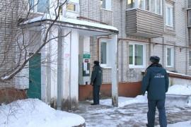 Пожарный надзор совместно с представителями газовой службы провели рейд по многоквартирным домам (7)