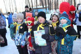 snegoviki-ukrasili-park-kulturyi-i-otdyiha-39