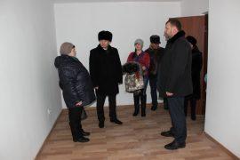 novoselyi-dovolnyi-2