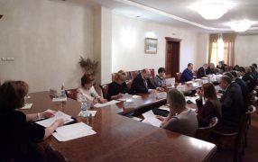zasedaet-postoyannyiy-komitet