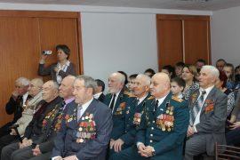 sobyitie-tri-pokoleniya-otmetili-den-zashhitnika-otechestva-v-dome-veteranov-2