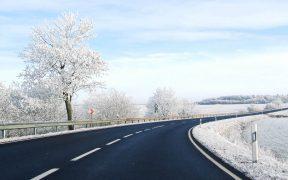 Kurve im Winter