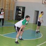 na-shkolnyih-kanikulah-pedagogi-birobidzhana-igrayut-v-maloformatnyiy-voleybol-7