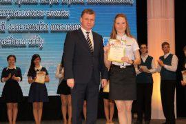 torzhestvennyiy-priem-olimpiadnikov-ustroil-mer-birobidzhana-62