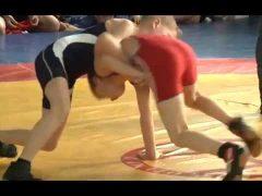 Более 200 спортсменов приняли участие в первенстве ЕАО по вольной борьбе