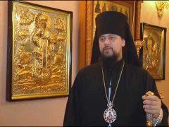 Мощам Святителя Николая преклонился епископ Биробиджанский и Кульдурский Ефрем