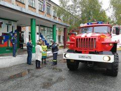 s-zadachey-po-evakuatsii-spravilis-ucheniki-obluchenskoy-sredney-shkolyi-3