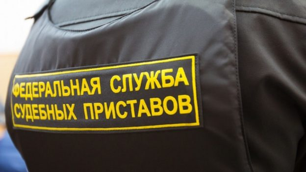 tambovskie-pristavy-navestili-neplatelshhikov-po-kommunalke