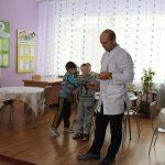 v-sotsialno-znachimyie-uchrezhdeniya-birobidzhana-spasateli-ustanovili-teplovyie-generatoryi-11