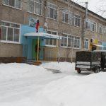 v-sotsialno-znachimyie-uchrezhdeniya-birobidzhana-spasateli-ustanovili-teplovyie-generatoryi-5