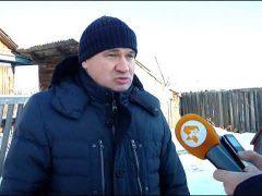 """Заснеженную и """"обезвоженную"""" окраину Биробиджана посетил мэр города"""