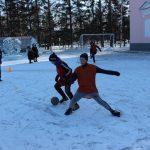 futbolnyim-horovodom-vokrug-elki-startoval-festival-gorodskoy-sredyi-v-birobidzhane-16