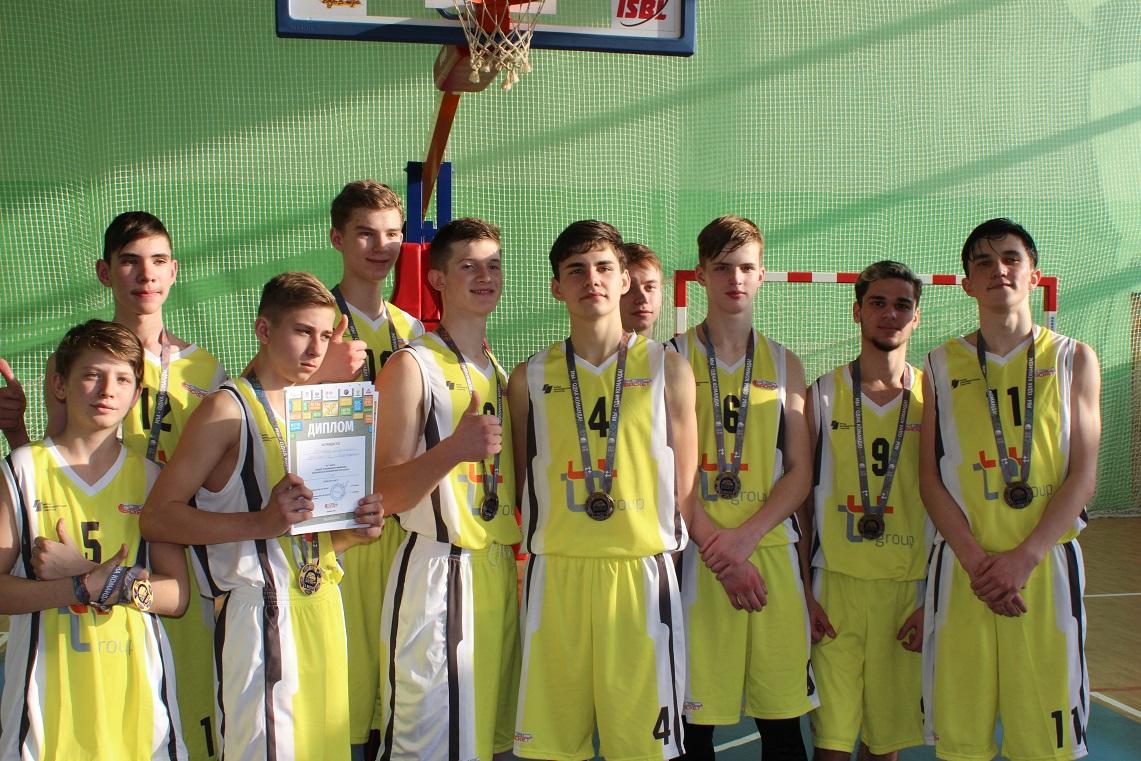 regionalnyiy-etap-kes-basketa-proshel-v-birobidzhane-44