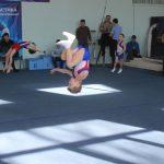 v-ozhidanii-tseremonii-nagrazhdeniya-gimnastyi-krutili-salto-1