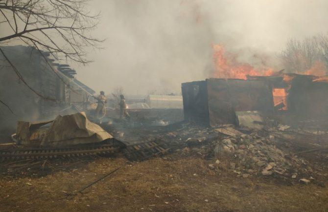 Временное жилье предоставят потерявшей дом семье в пожаре в п. Кирпичики ЕАО