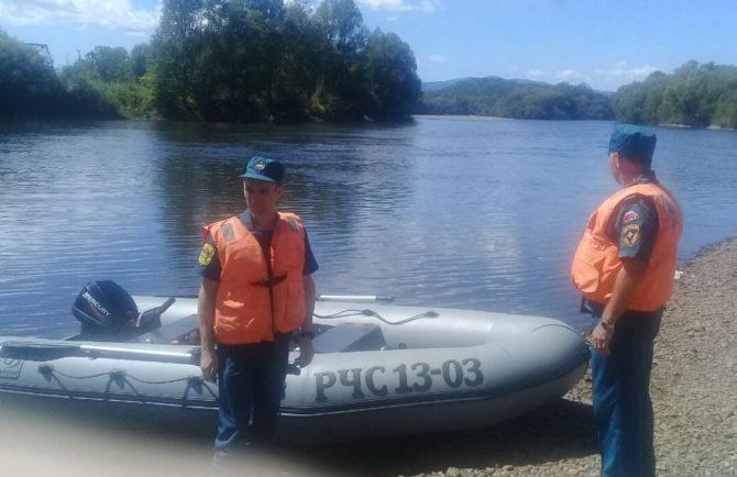 Предположительно утонувшего мужчину ищут спасатели в Октябрьском районе ЕАО