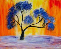 Пейзажи, абстракционизм, авангардизм: рисунки маслом на холсте пишет биробиджанская художница Марина Шведунова