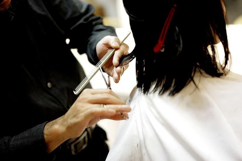 Парикмахер Ирина Сивухина представит ЕАО в финале всероссийского конкурса Мастер года